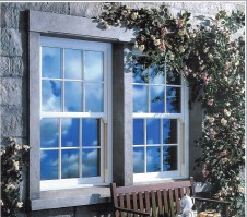 Four reasons to replace your old sash windows with beautiful sash window replacement