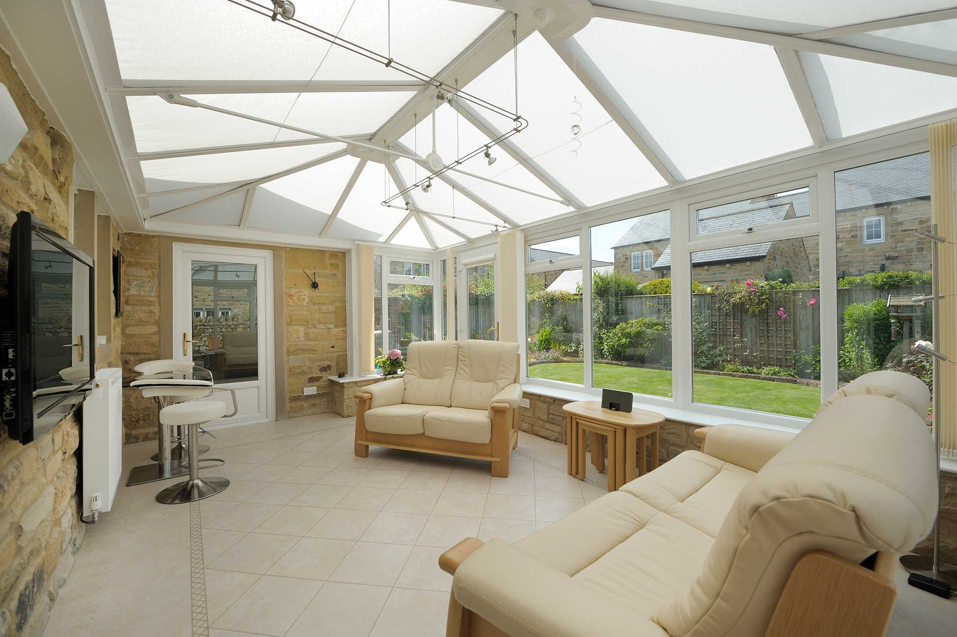 Lean-To Conservatories or Victorian Conservatories – Which is Better?