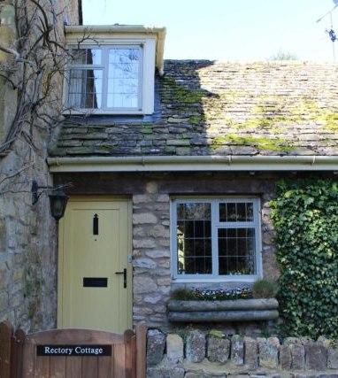 Crittall windows in pretty cottage in Worcestershire village