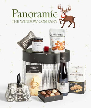 Panoramic Hamper Winter Deals Rudolph